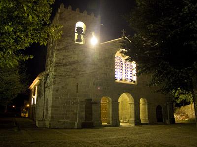 Mosteiro de Pedroso à noite