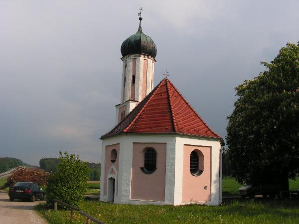 Hier ist ein Bild von St. Salvator zu sehen.