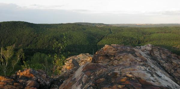 Cernolicke skaly - pohled na Cukrak
