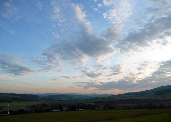 Pohled ke Švihovu za soumraku