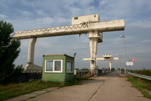 crane at Nagymaros