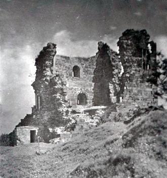 Hrad před rekonstrukcí, okolo 1909