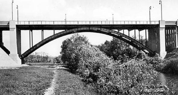 Tyrsuv most kratce po dokoncení (rok 1933)