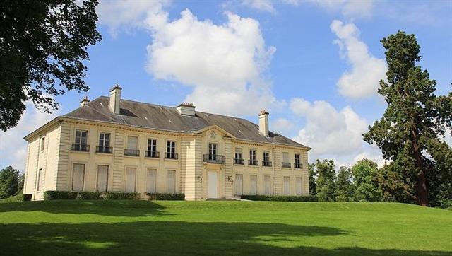 Le Château de Rentilly - Avant...