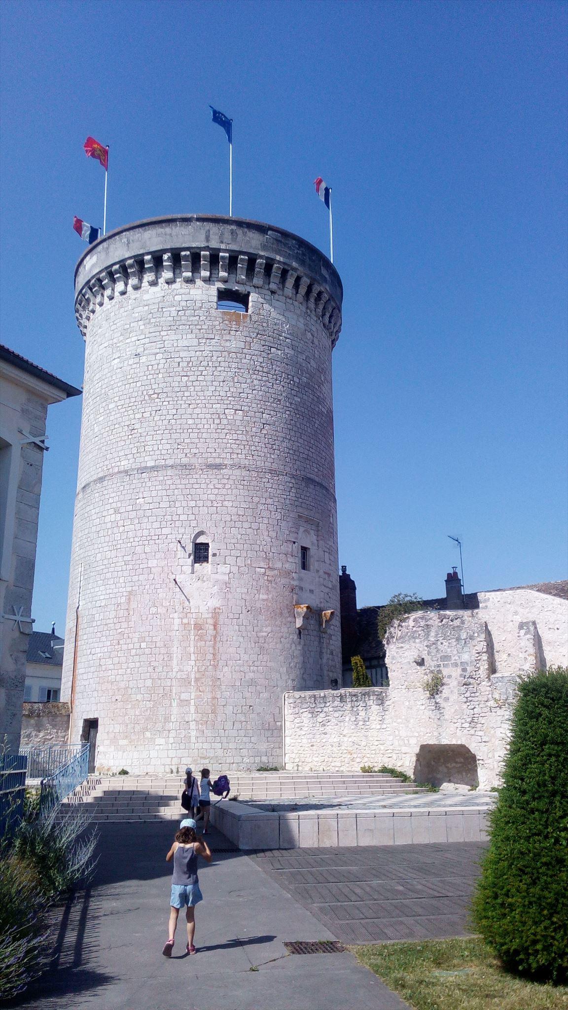 La tour des archives