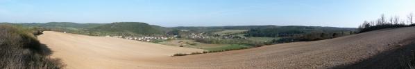 Jarní panorama sLazy aNebřezinami
