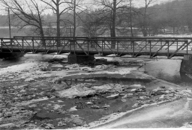 Most kdyz pluly ledy