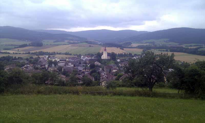 pohled na obec Strazov