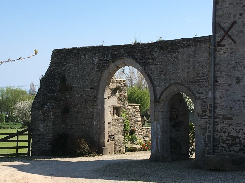 Porche du manoir de Thybosville