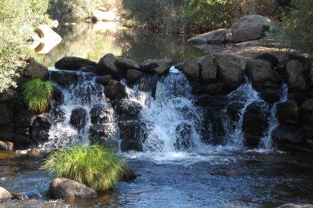 Represa de Àgua a 500m da aldeia