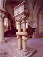 Románský pulpit v kapitulní síni