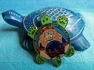 Earth Turtle 2012 Geocoin - Gaia Gold Green