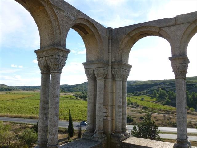 Le faux cloitre de Nevian - Aude - France Bb3b8337-849d-4e39-8c81-ea23b7960cff