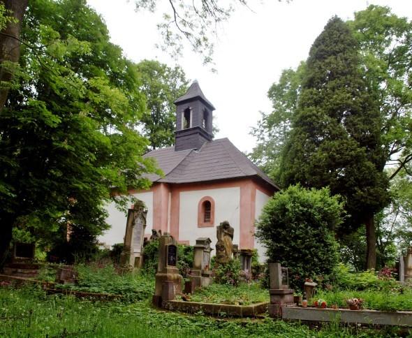 Chotuc - hřbitov