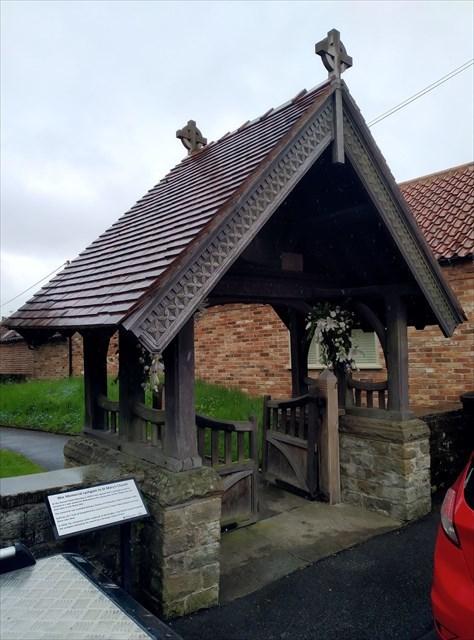 War Memorial, Carlton-le-Moorland