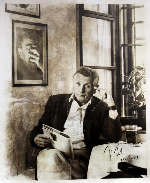 JIRI MENZEL se narodil 23.02.1938 v Praze.