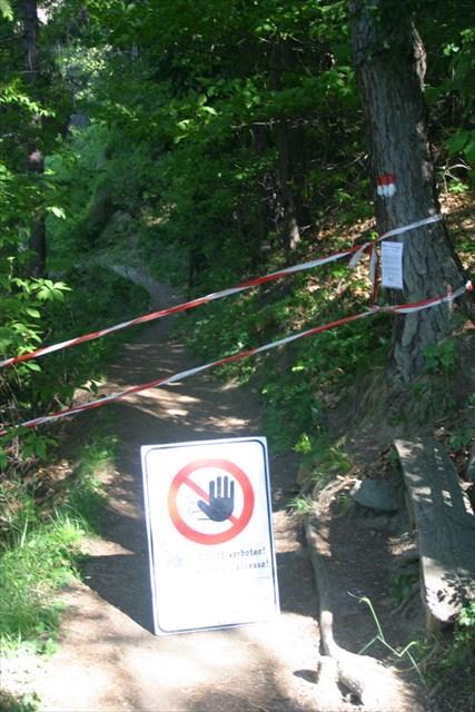 Dusche Wasserfall : nichts. 28 May 12 Weg gesperrt 11 May 12 Weg zum Wasserfall 11 May 12