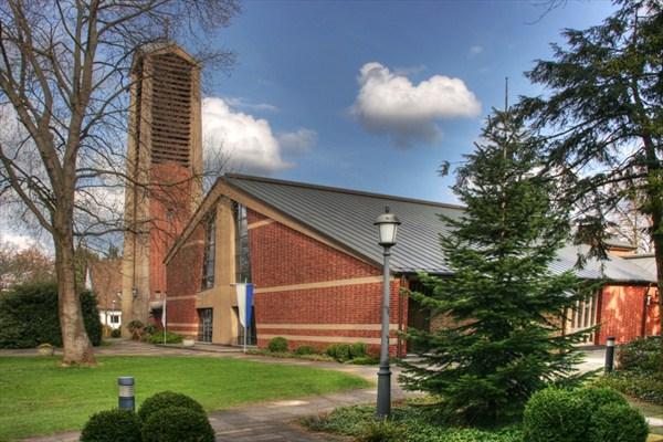 Pfarrkirche St. Maria Königin