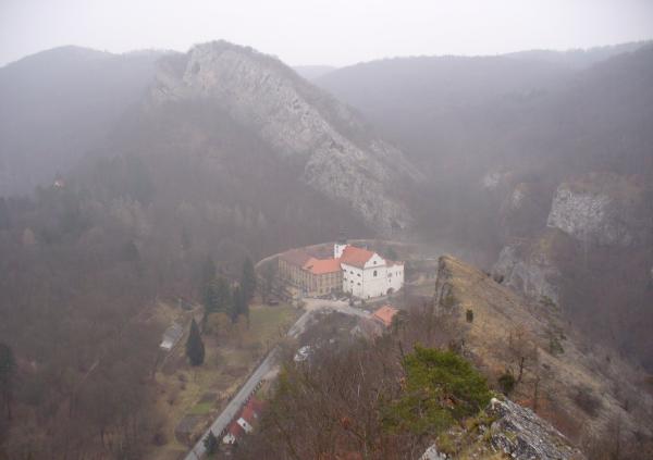 Celkový pohled do údolí
