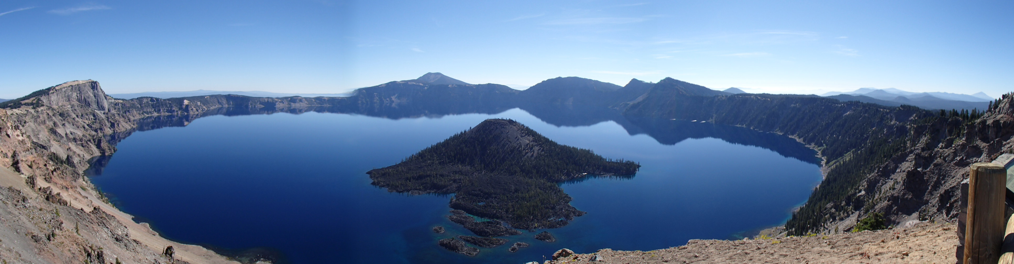 Crater Lake och Wizard Island