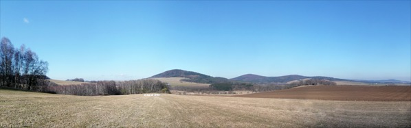 Výhled k Jezvinské vrchovině