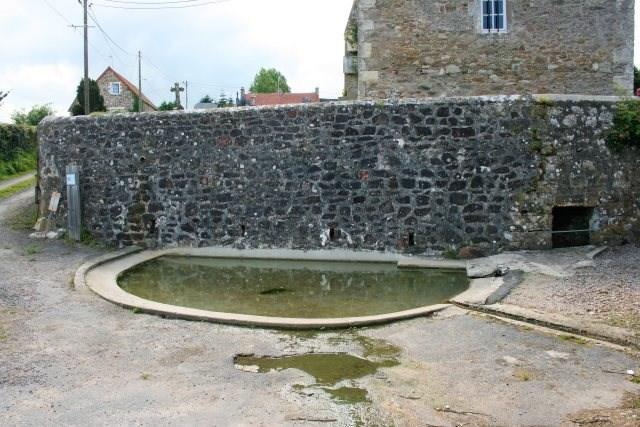 Fontaine St-Eloi