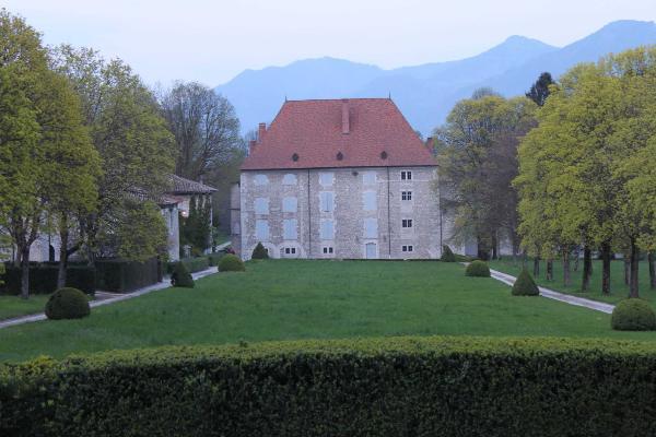 Le chateau de Bernis_01.JPG (274002 octets)