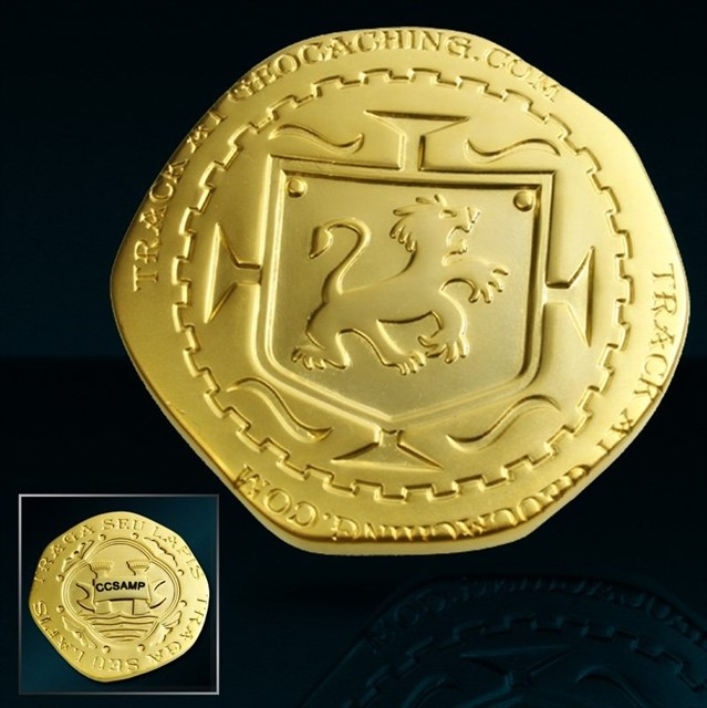 TB439GK) Pirate Doubloon - Piece of Eight Geocoin - Gimpy Pirate