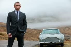 Aston Martin DB5 with the gorgeous Daniel Craig!