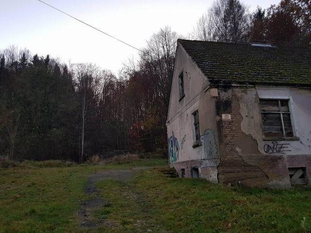 opuszczone domostwo