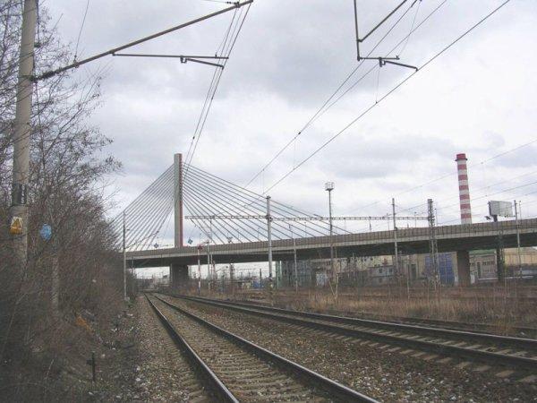Lanový most - od železnice