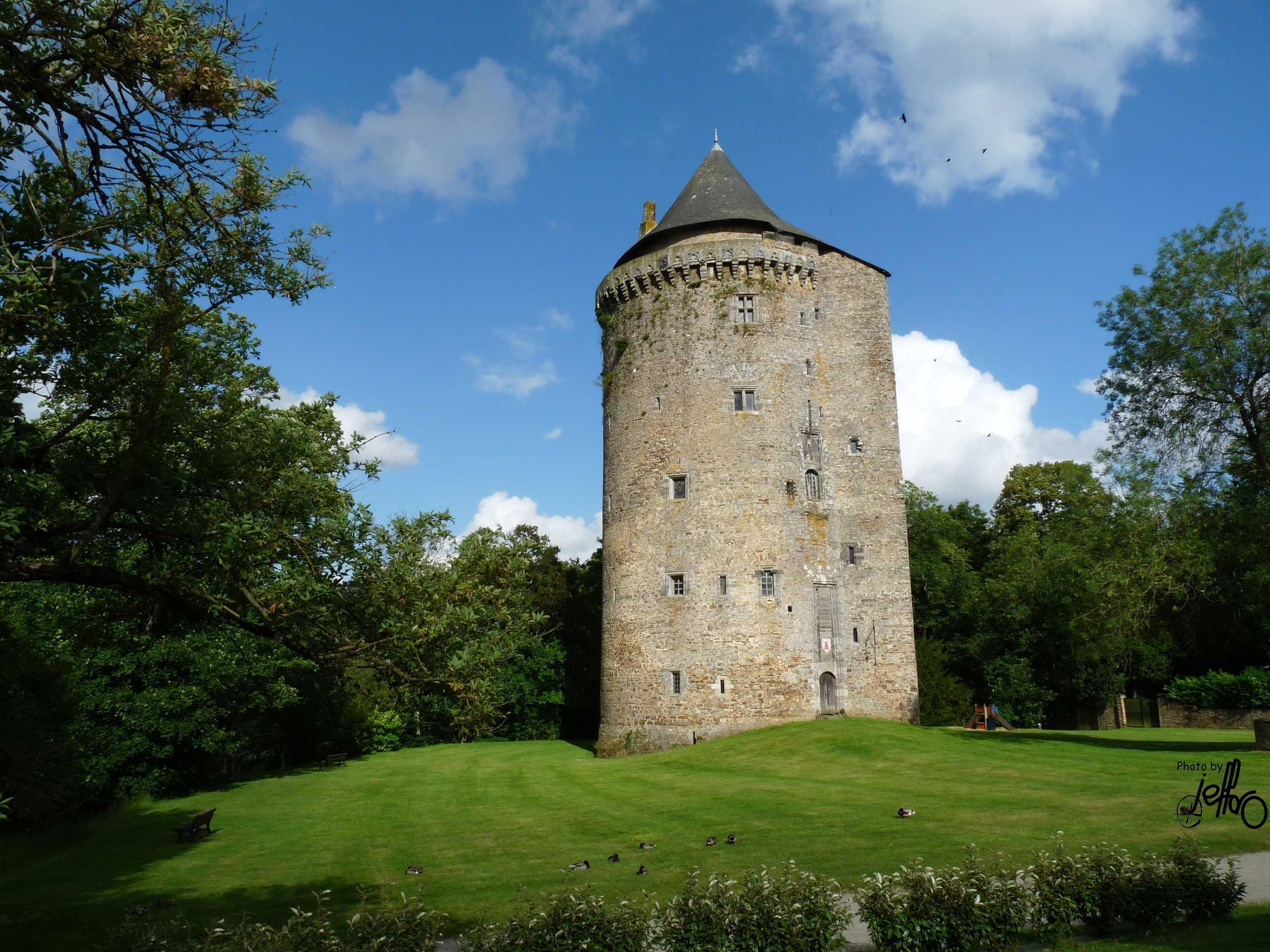 La tour Du Guesclin