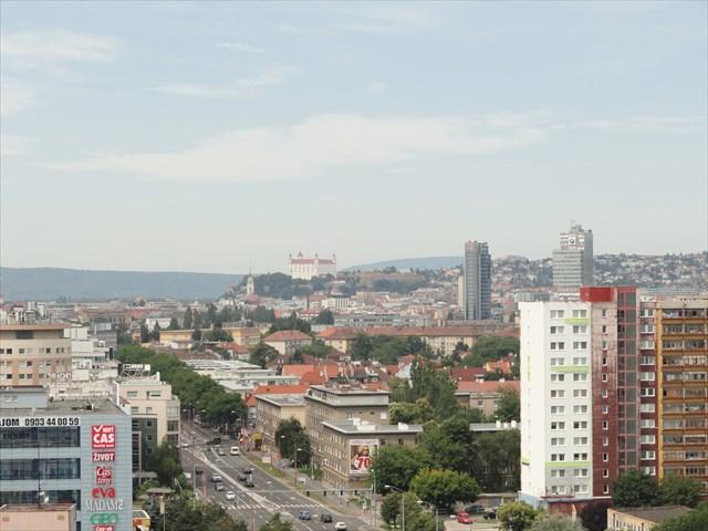 Vyhlad na Bratislavsky hrad