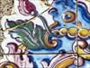Azulejos decorativos na porta