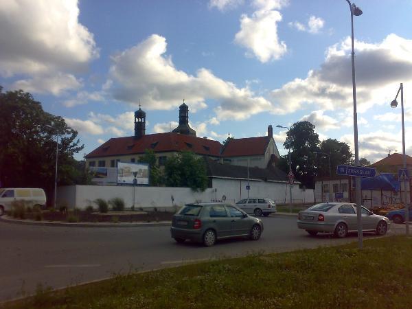 Dolni Brezany, zamek