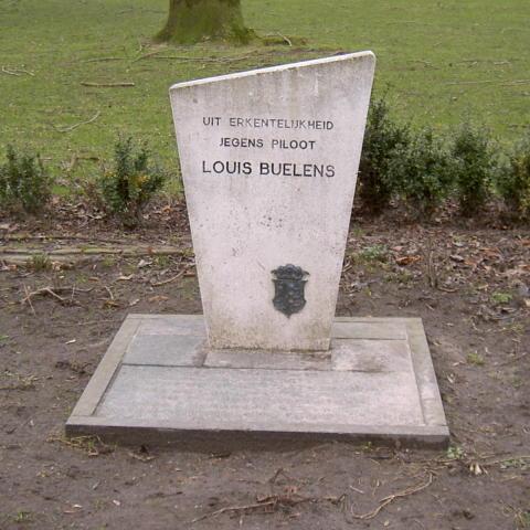 Monument ter herinnering aan Louis Buelens