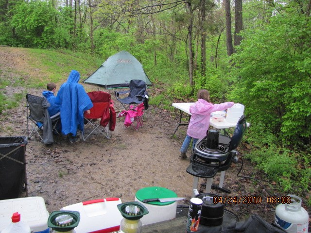 GC23A2A 7th Annual SWOGO East Fork River Sweep 2010 (Cache In Trash