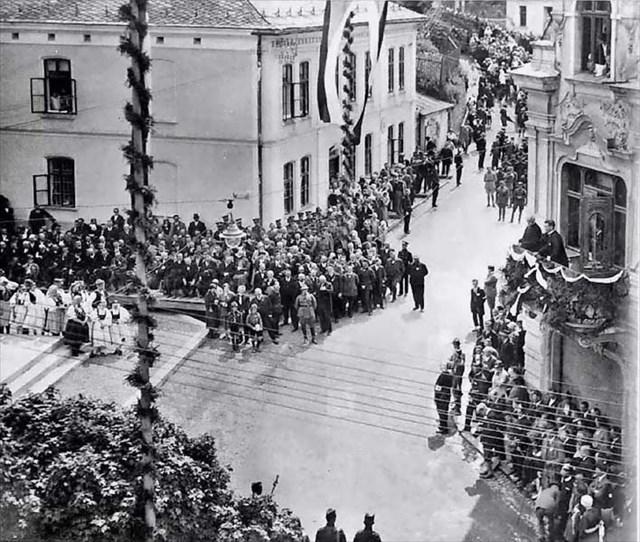 Odhalení pomníku 1926