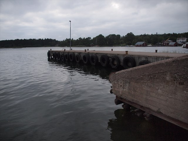 Förbindelsebåtsbryggan