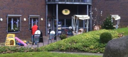 Das Cafe von Aussen