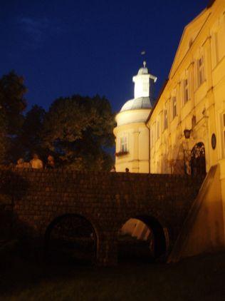 Zamecky most v noci