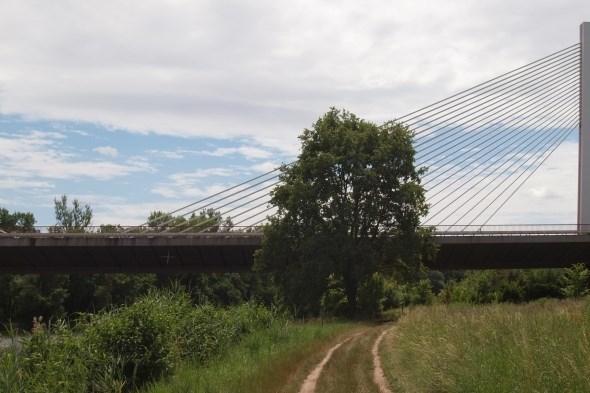 Dálniční most u Poděbrad 02