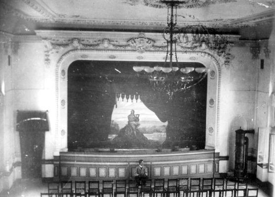 Mestske divadlo ve Zdaru nad Sazavou