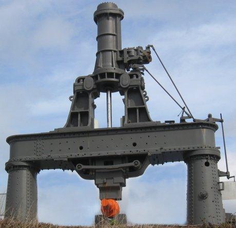 Historischer Dampfhammer