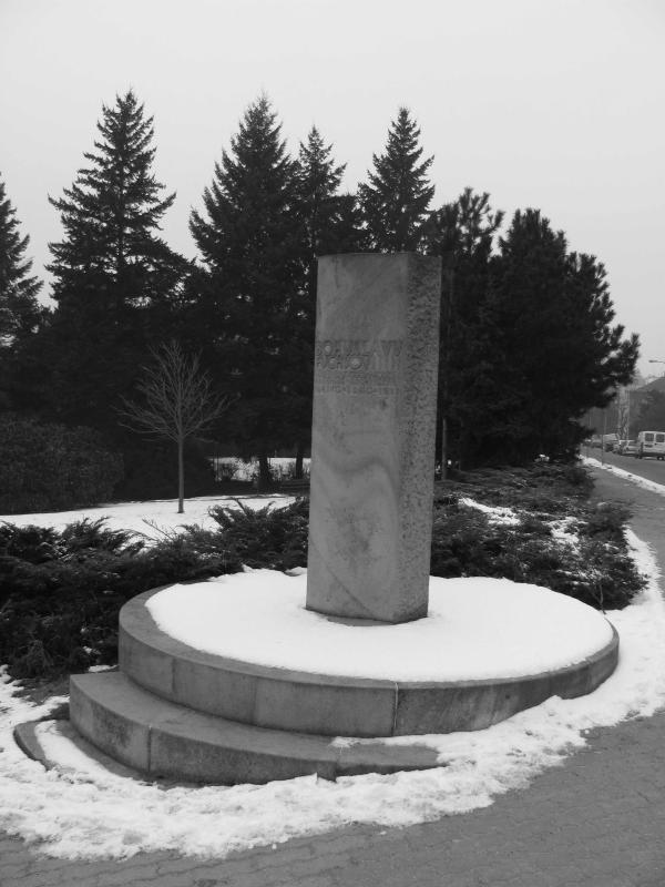 Pomník Bohuslava Fuchse ulice Lipová