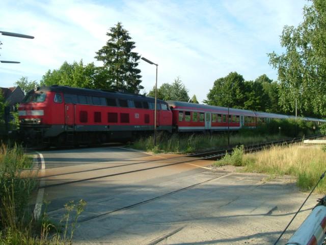 Neben der Bahn