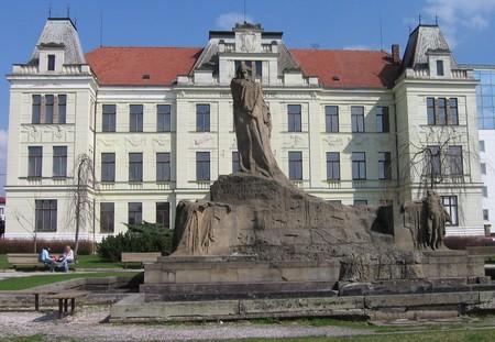 Husuv pomník