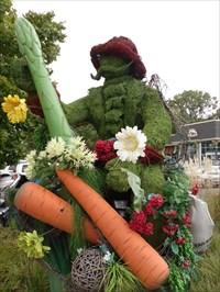 Jardiniers et ses légumes.Gardeners and vegetables.