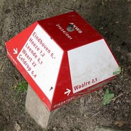 "This Paddo is placed at the corner of ""Hutdijk"" near ""De Hut van Mie Pils"" in Waalre."