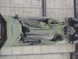 Image for TitleMonarchs – King Edward II of England on side of city hall - Bradford, UK